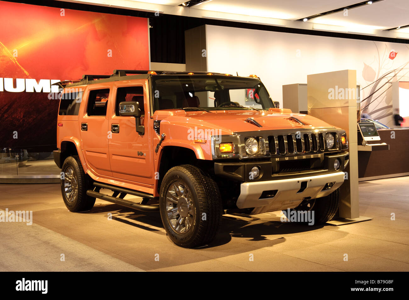 112 Hummer H12 at the 112 North American International Auto ... | detroit hummer