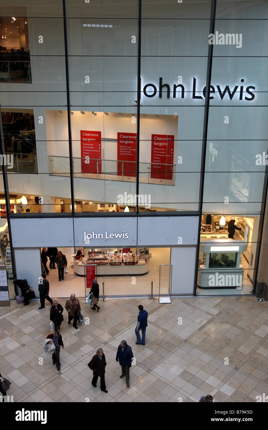 JOHN LEWIS DEPARTMENT STORE IN CAMBRIDGE - Stock Image