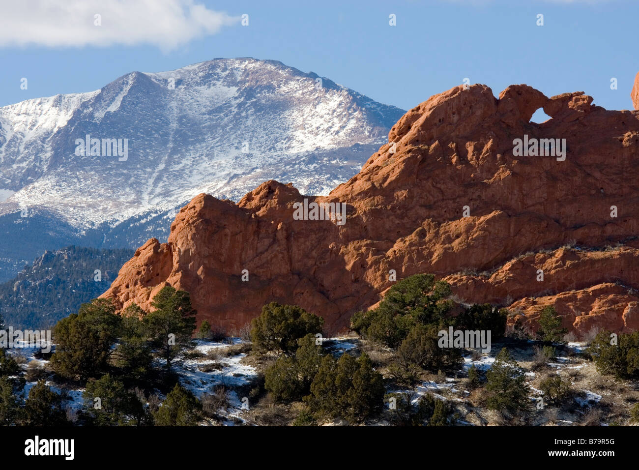 Garden of the Gods and Pikes Peak - Stock Image