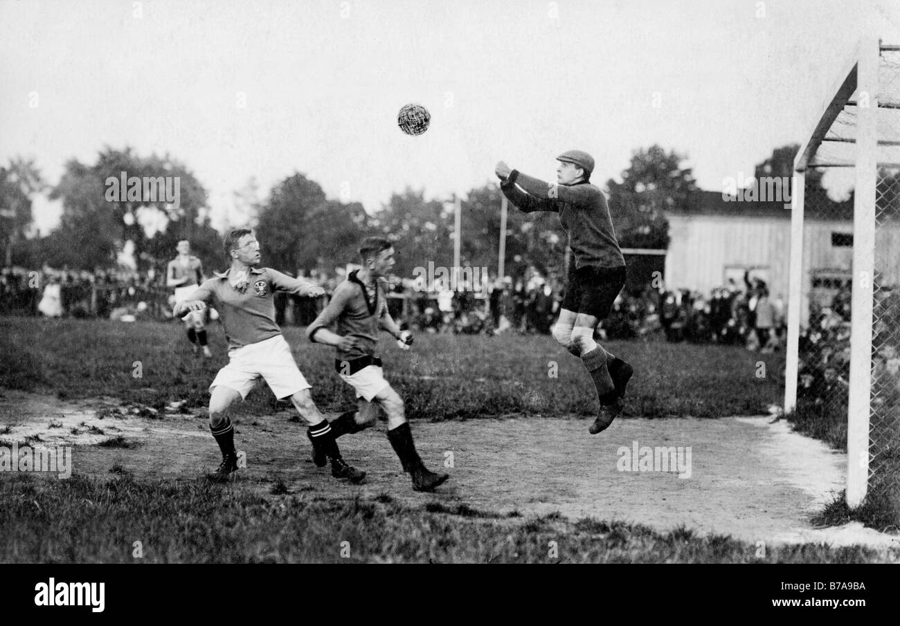 Historical photo, soccer, football scene, ca. 1930 - Stock Image