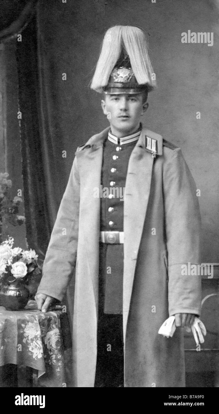 Historic photo, military rank of a guard regiment in ceremonial dress, ca. 1915 Stock Photo