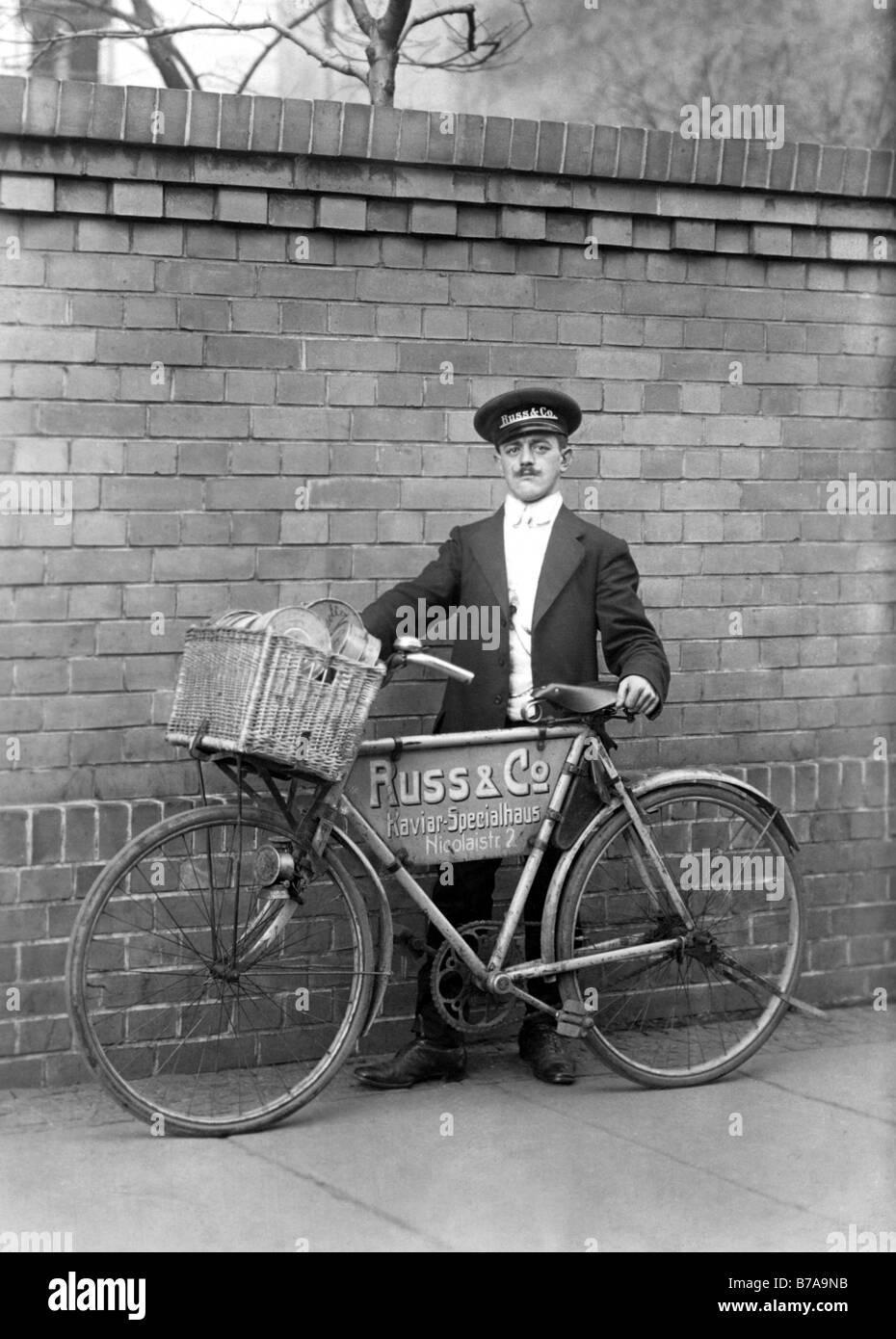 Historic photo, kaviar salesman, ca. 1915 - Stock Image