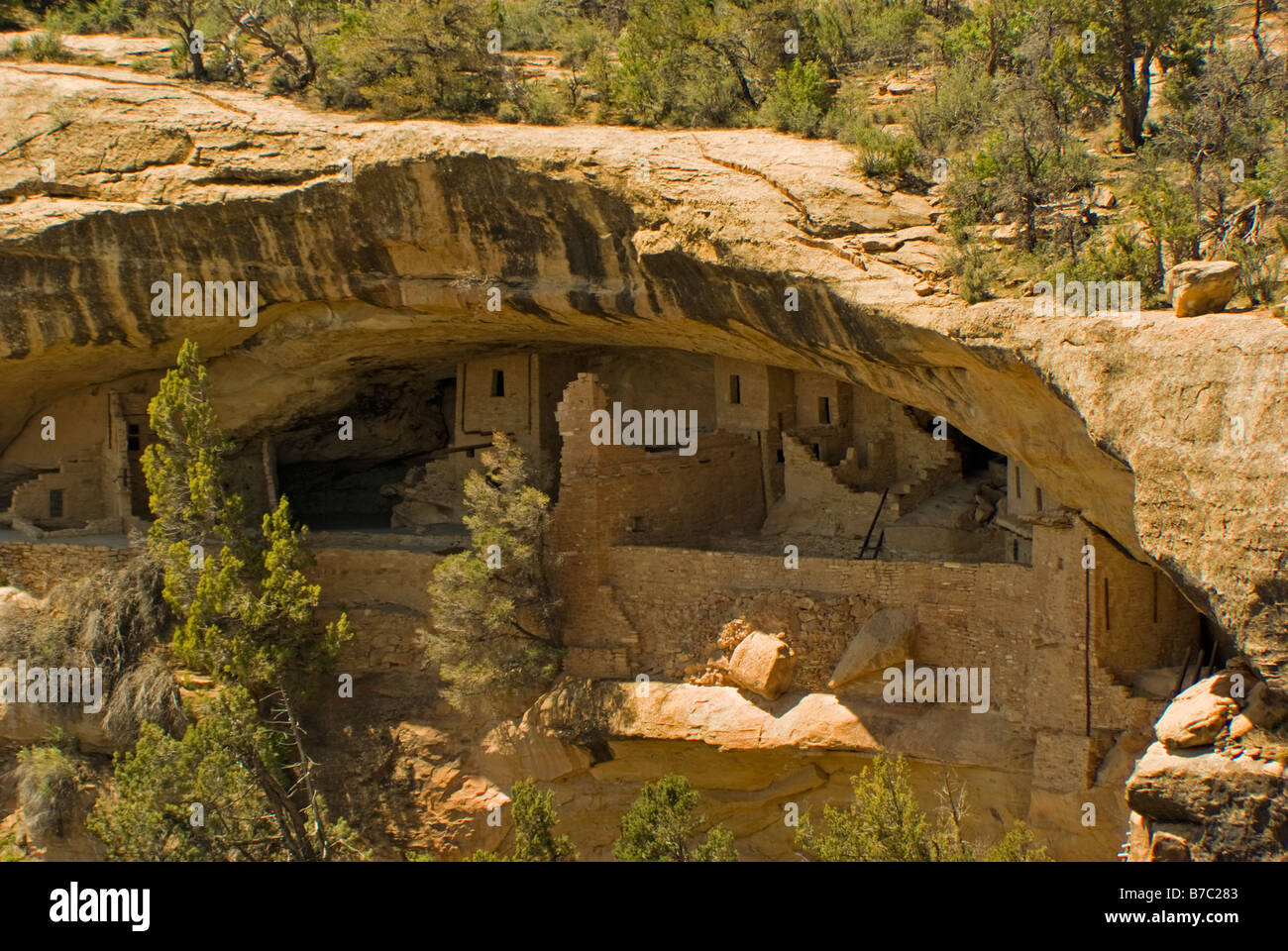 USA Colorado Cortez Mesa Verde National Park Balcony House alcove 12 century ancestral puebloan cliff dwellings - Stock Image