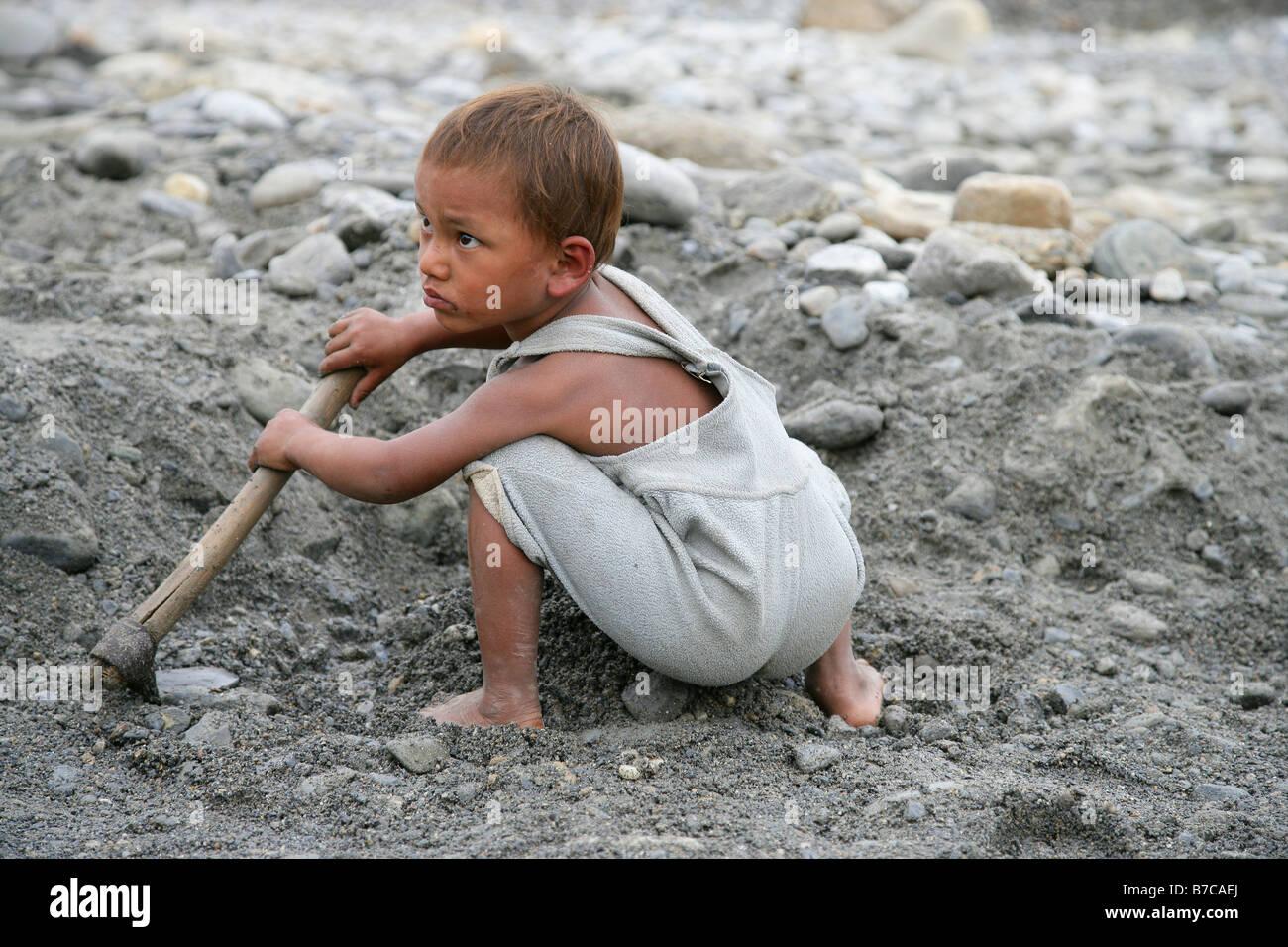 Child Labour Nepal Stock Photos Amp Child Labour Nepal Stock