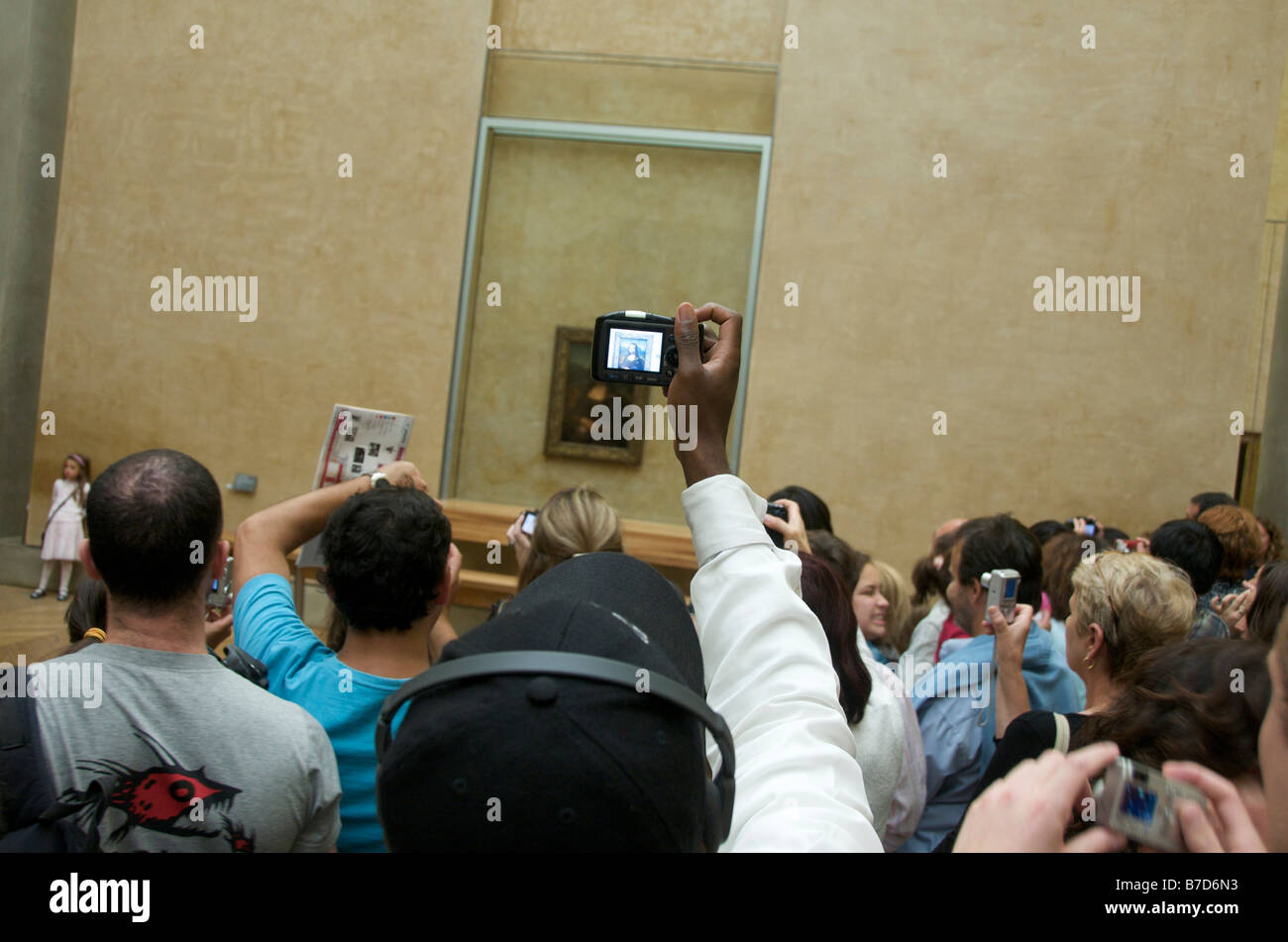 People taking pictures of Mona Lisa, Louvre, Paris, France, Europe - Stock Image