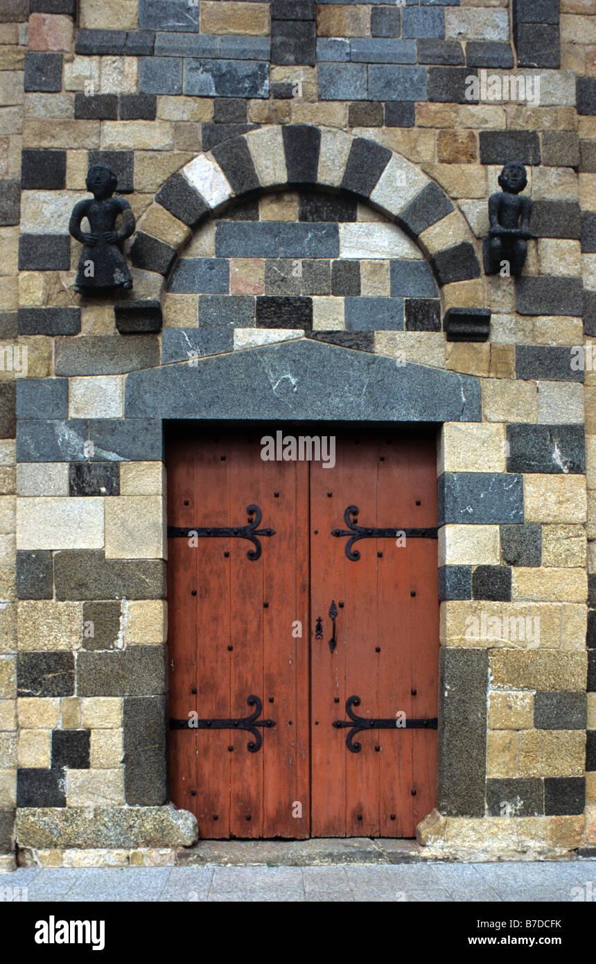 Entrance to Polychrome Pisan Church, Eglise de la Trinité et San Giovanni (c12th), Aregno, Balagne Region, - Stock Image