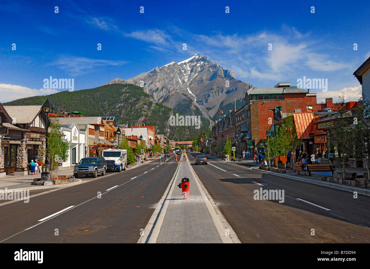 Banff Avenue in the very popular town of Banff, in Alberta, Canada. This the main shopping area. Horizontal format - Stock Image