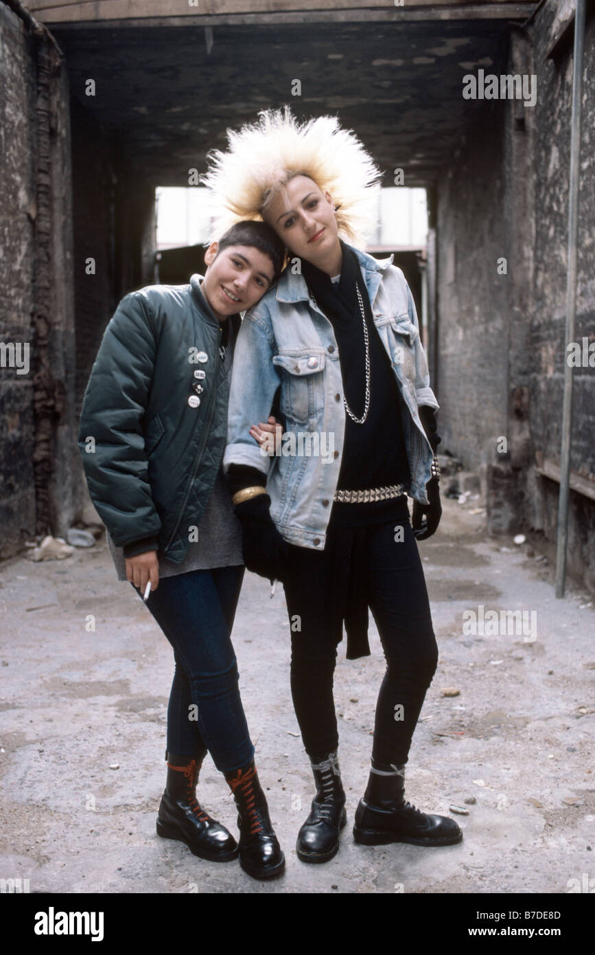 Punk girls from the 1980's - Stock Image