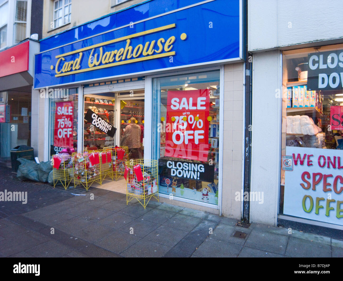 North Wales January A greetings card shop closing down another victim of the global downturn - Stock Image