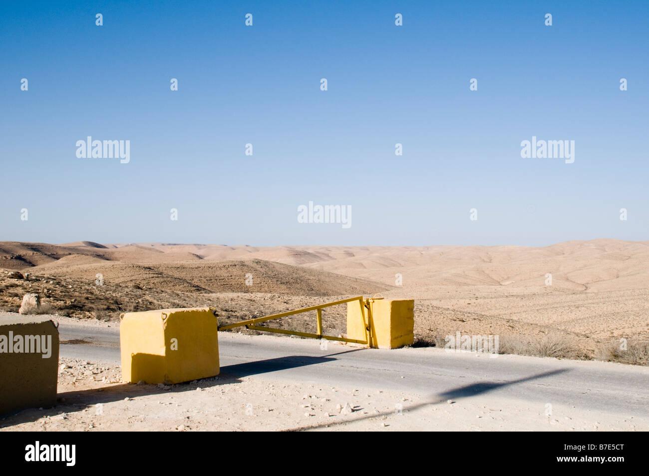 Israel Negev Desert Harif Mountain 1 012m on the Egyptian border A roadblock on the border road - Stock Image