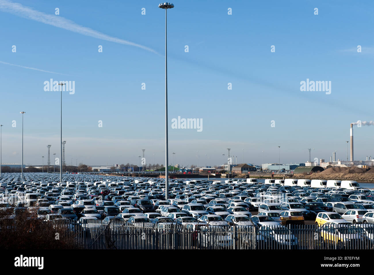 New motor vehicles awaiting exportation - Stock Image