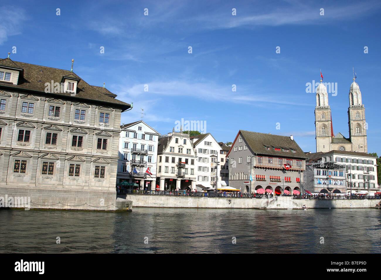 LIMMAT RIVER & GROSSMUNSTER ZURICH SWITZERLAND ZURICH SWITZERLAND 20 June 2008 - Stock Image