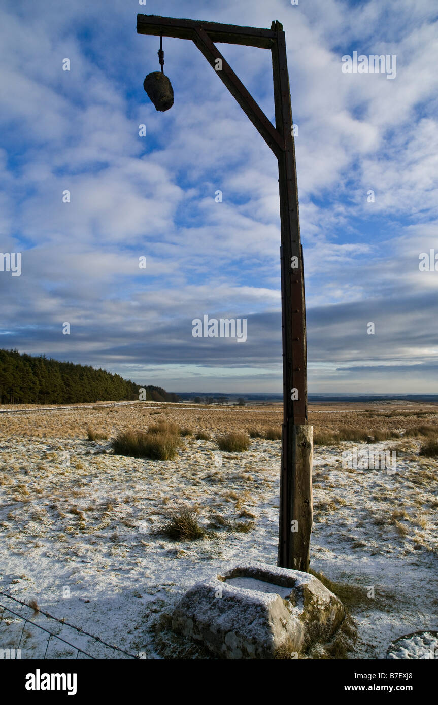 dh Steng Cross TYNEDALE NORTHUMBRIA Winters Gibbet monument lonely moorland - Stock Image
