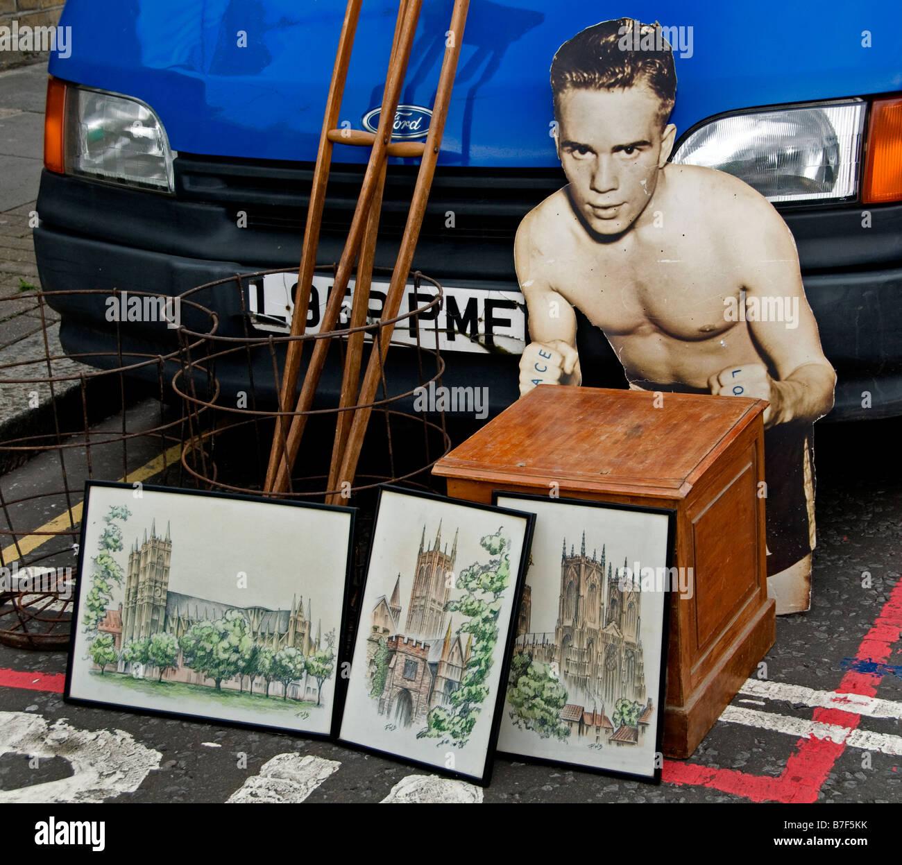 Portobello Road Market Notting Hill boxer boxing - Stock Image