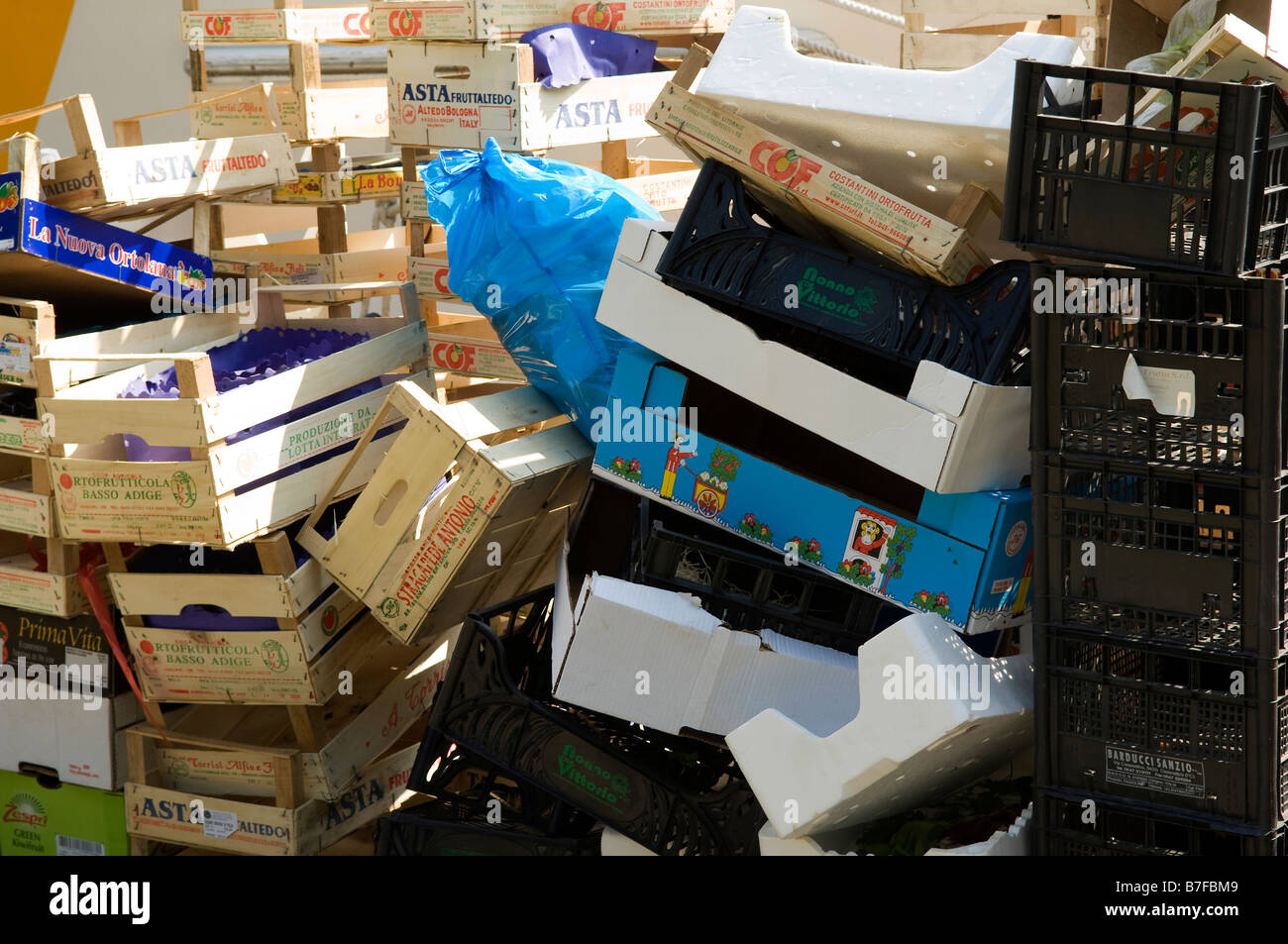 waste garbage baskets empty pile mess - Stock Image