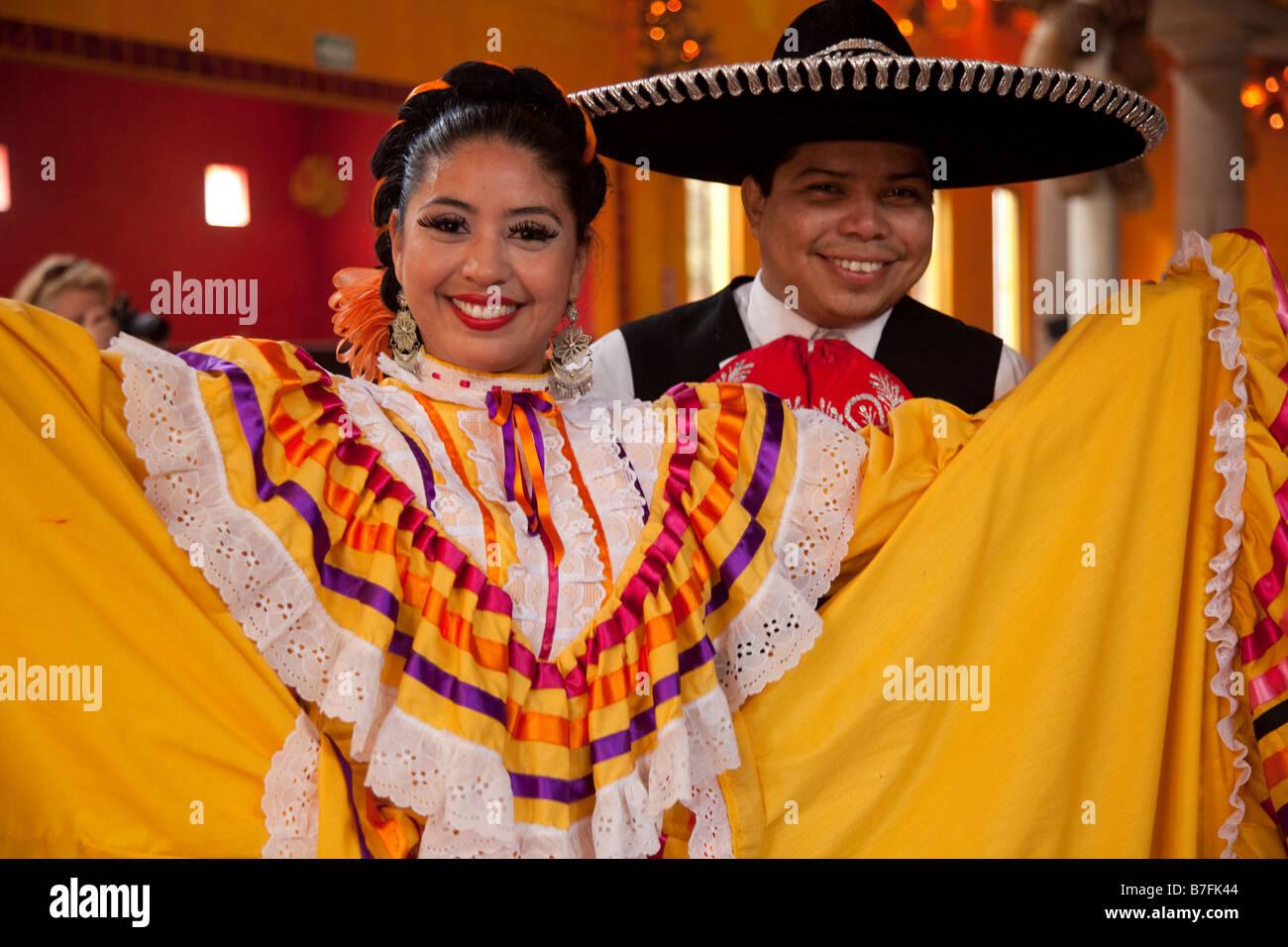 Viva Mexico performance Spectaculare Ballroom Mazatlan Sinaloa Mexico - Stock Image