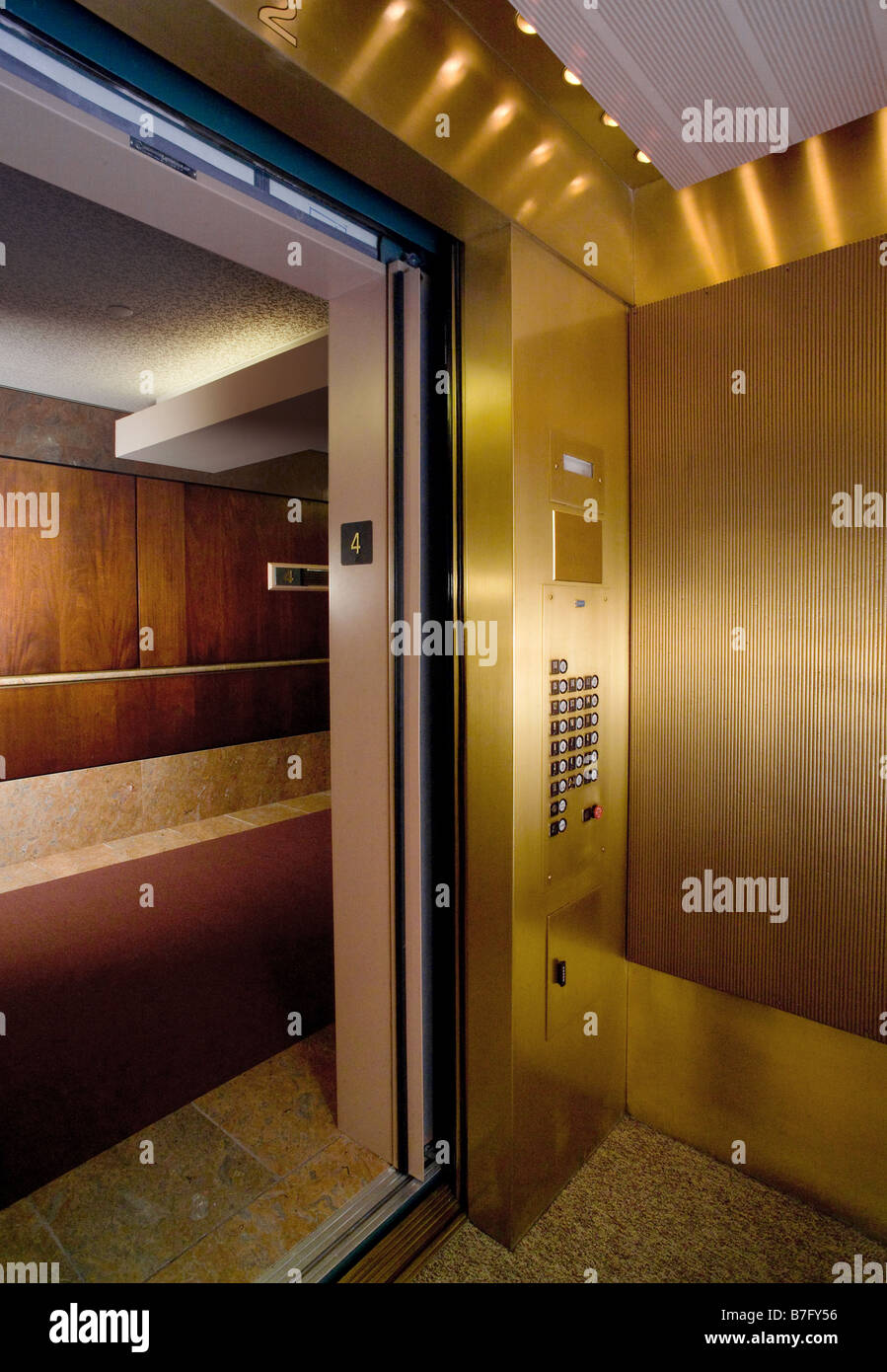 Elevator Car Stock Photo 21863554 Alamy