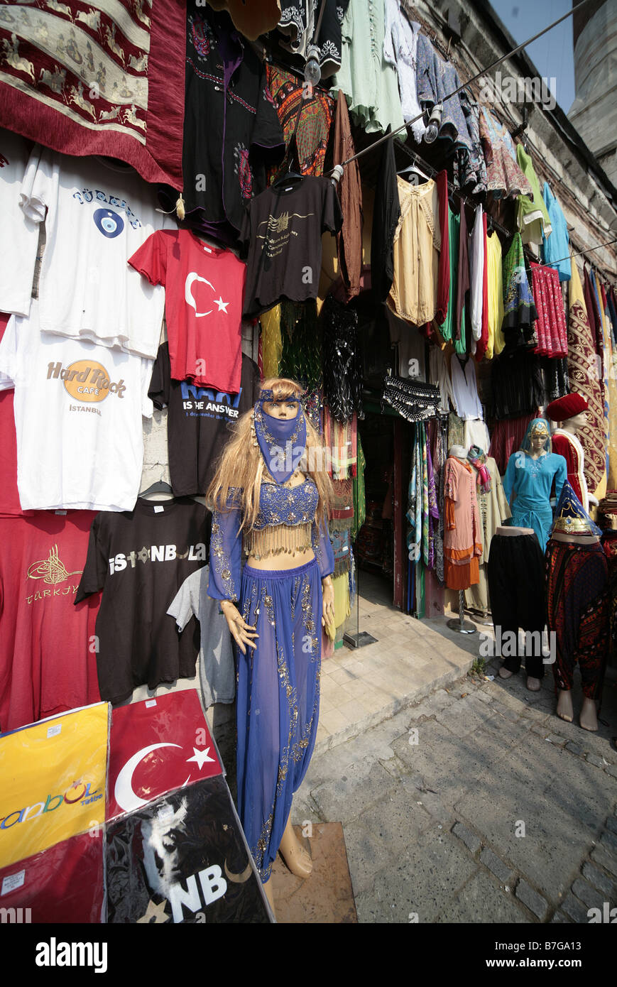 MANNEQUIN AT CLOTHS STALL ISTANBUL TURKEY SULTANAHMET ISTANBUL TURKEY 04 April 2008 - Stock Image