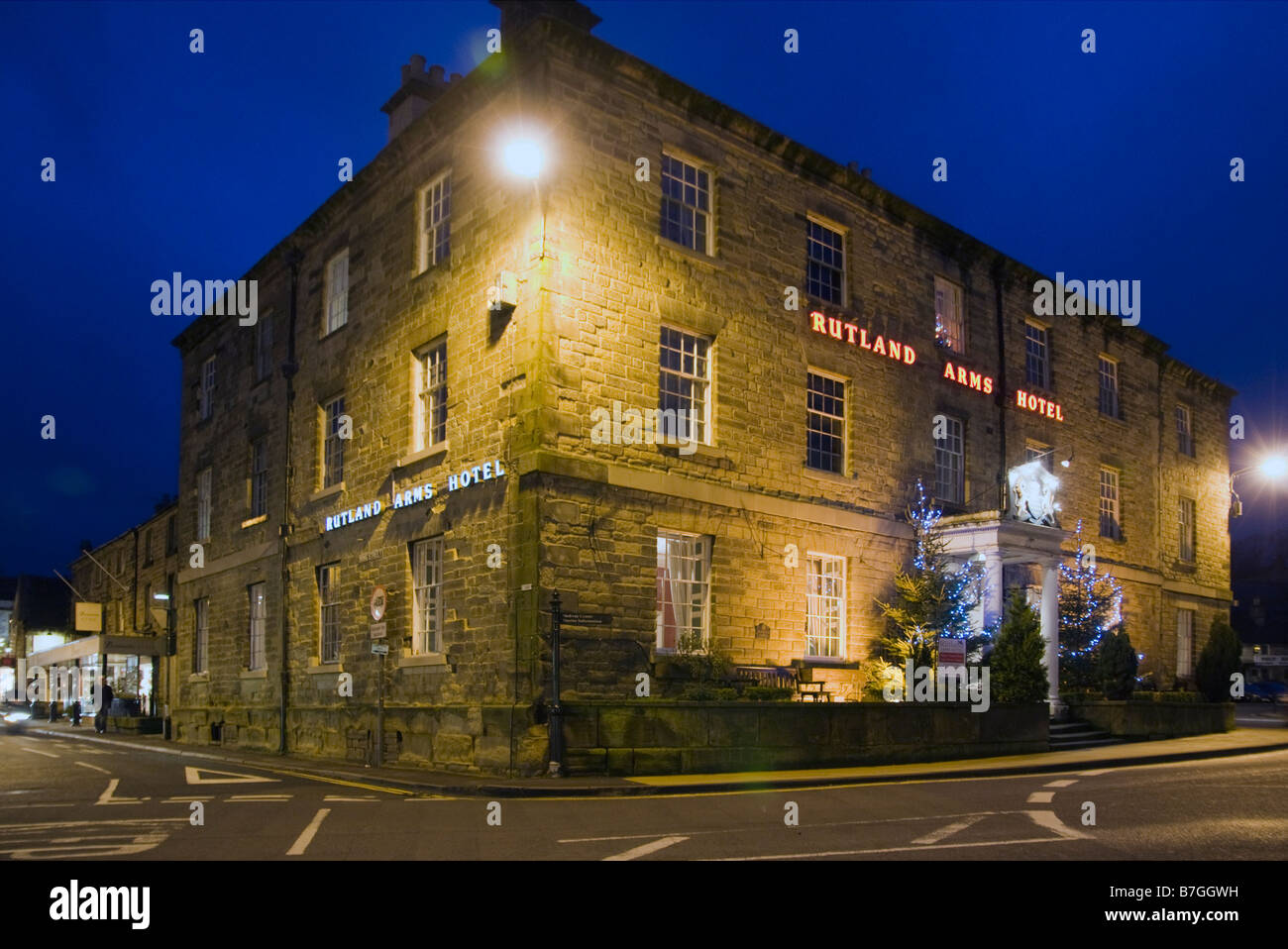 Rutland Arms Hotel in Bakewell at night Derbyshire Peak District National Park England - Stock Image