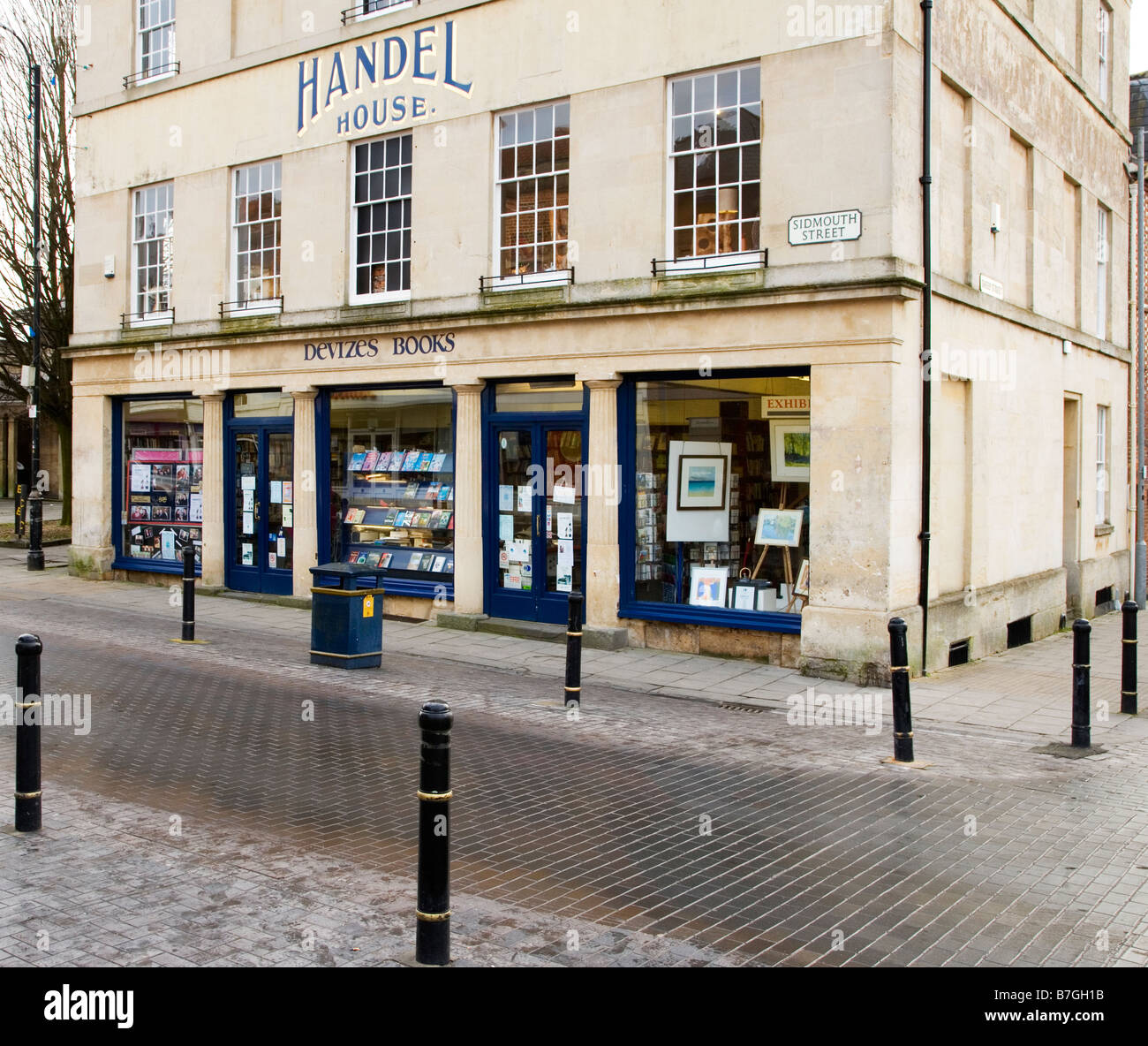 A bookshop on the corner of Sidmouth Street in the typical English market town of Devizes Wiltshire England UK - Stock Image