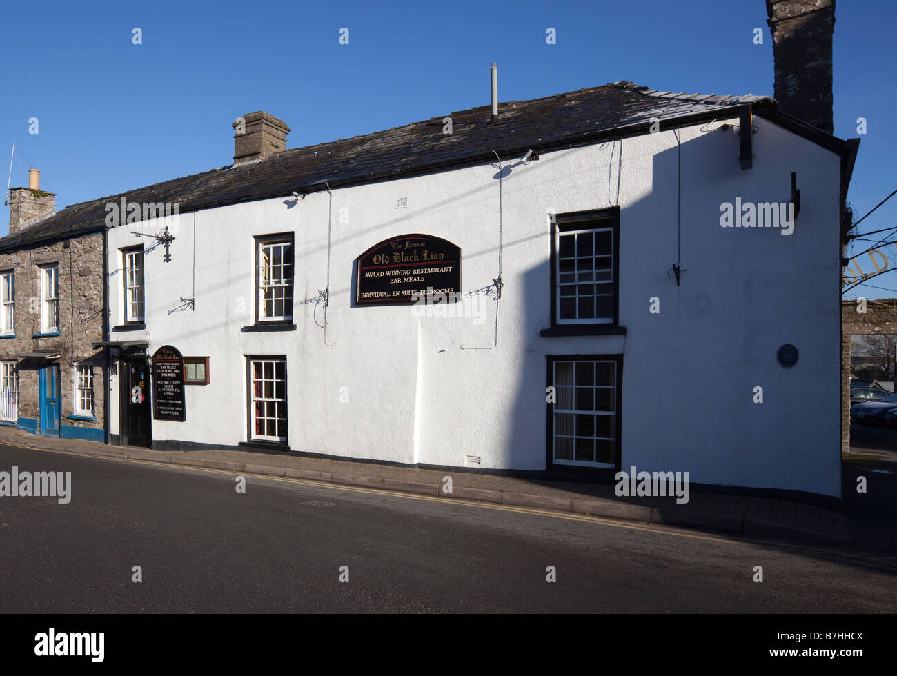 Hay on Wye in Welsh borders secondhand book and antique centre of interest the Old Black Lion pub - Stock Image