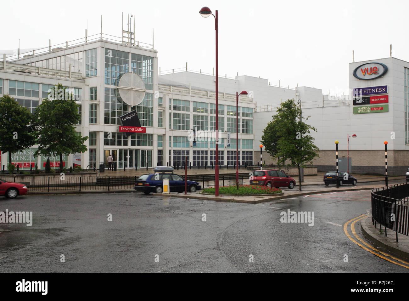 Entrance to the Almondvale Shopping Centre, Livingston, West Lothian. - Stock Image