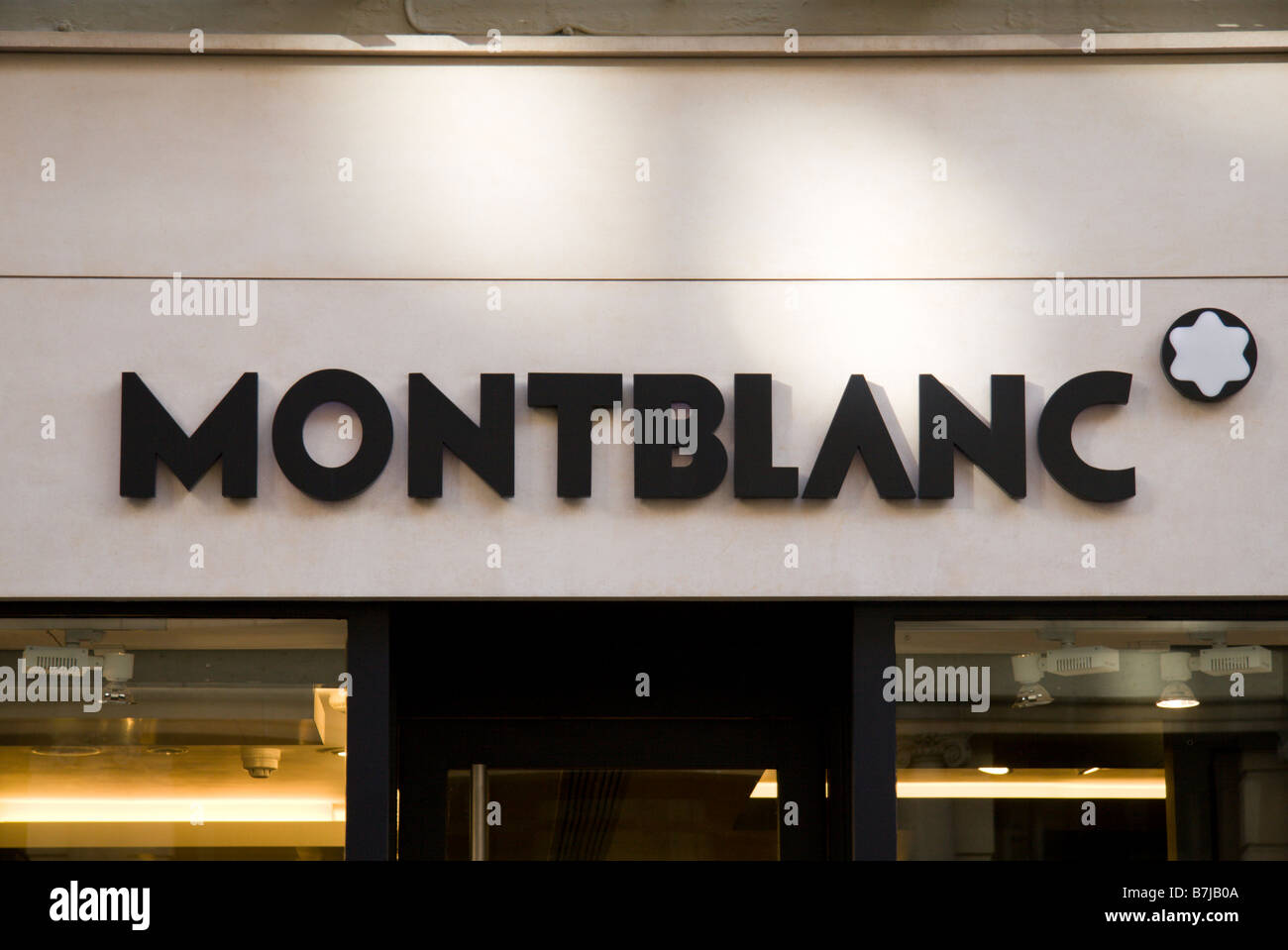 mont blanc shop sign stock photos mont blanc shop sign. Black Bedroom Furniture Sets. Home Design Ideas