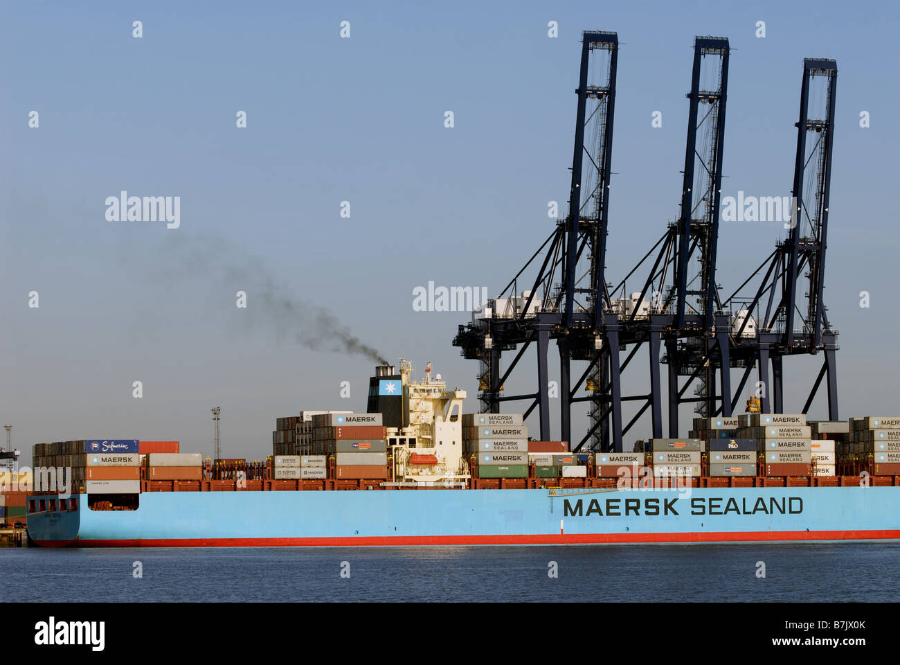 Maersk Sealand 'Michigan' container ship, Port of Felixstowe, Suffolk, UK. - Stock Image