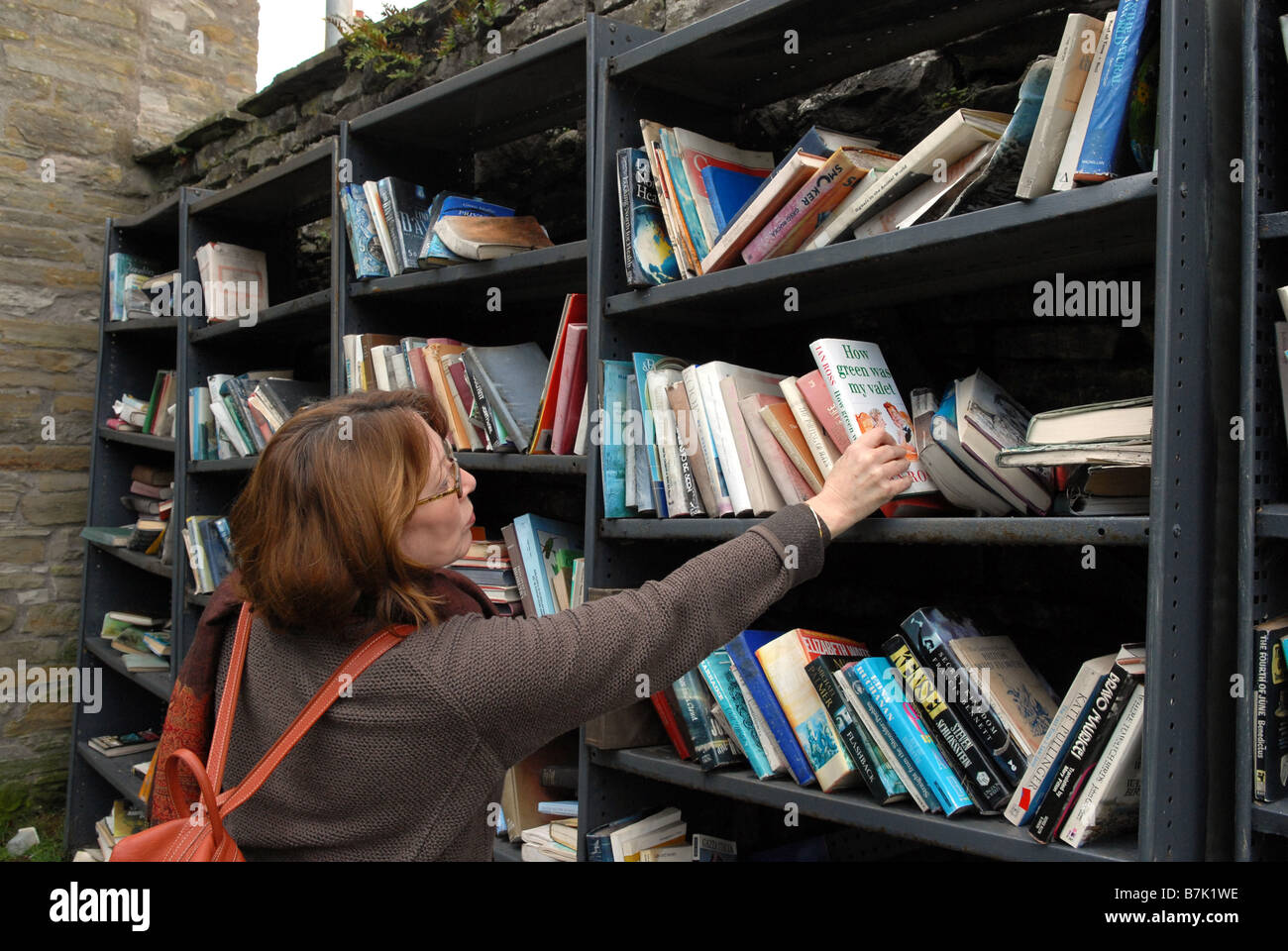 The Honesty Book Shop in Hay on Wye Herefordshire - Stock Image