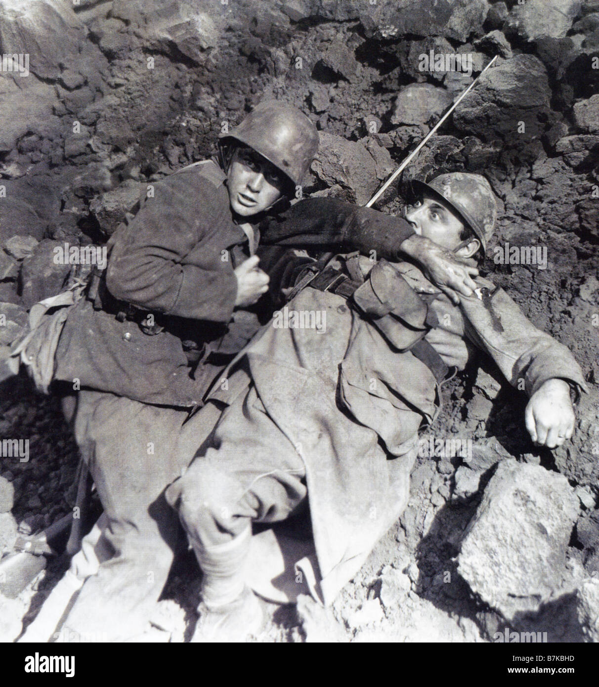 ALL QUIET ON THE WESTERN FRONT 1930 Universal film with Lew Ayres at left - Stock Image