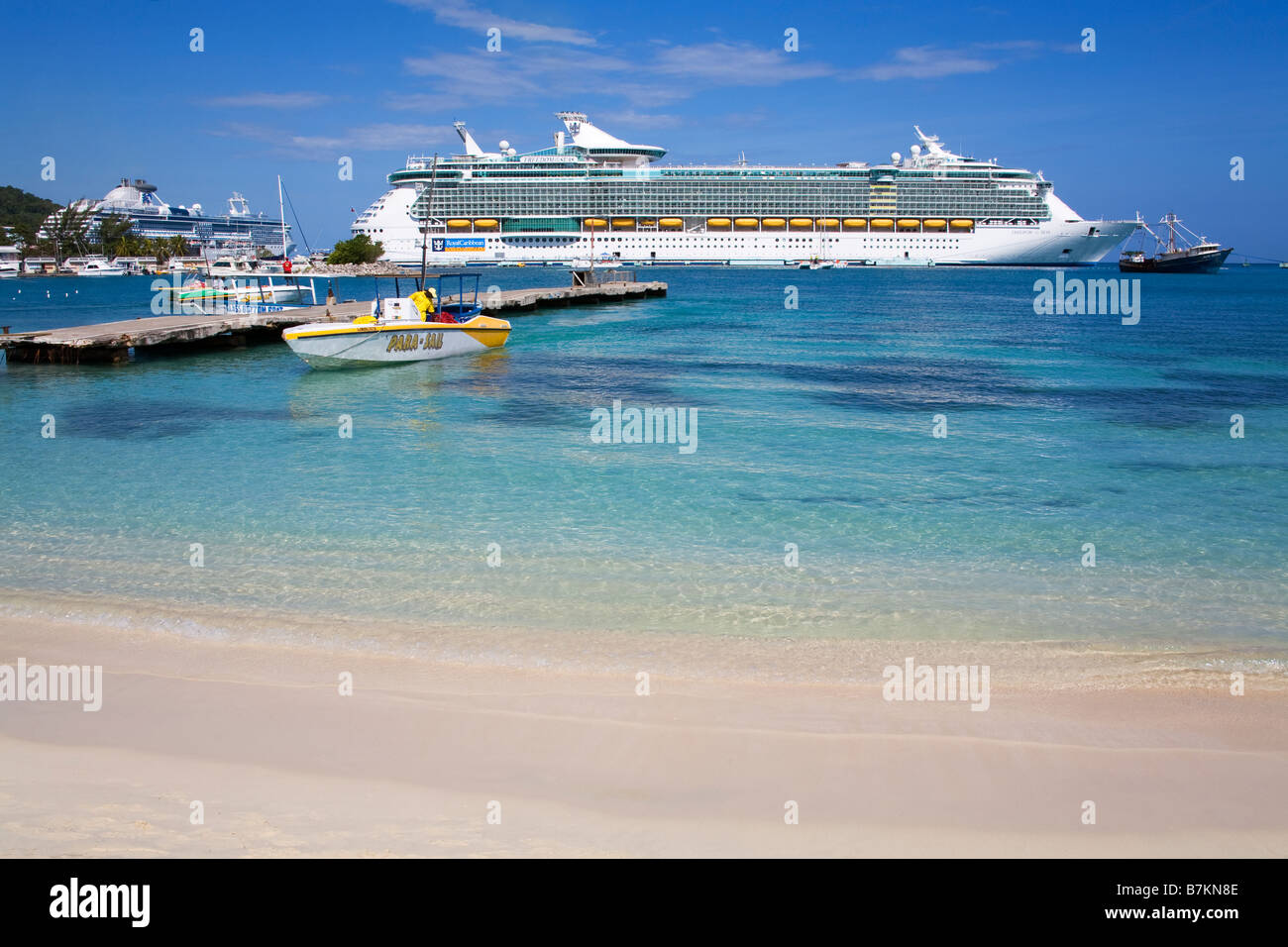 Turtle Beach Ocho Rios St Ann s Parish Jamaica Caribbean - Stock Image
