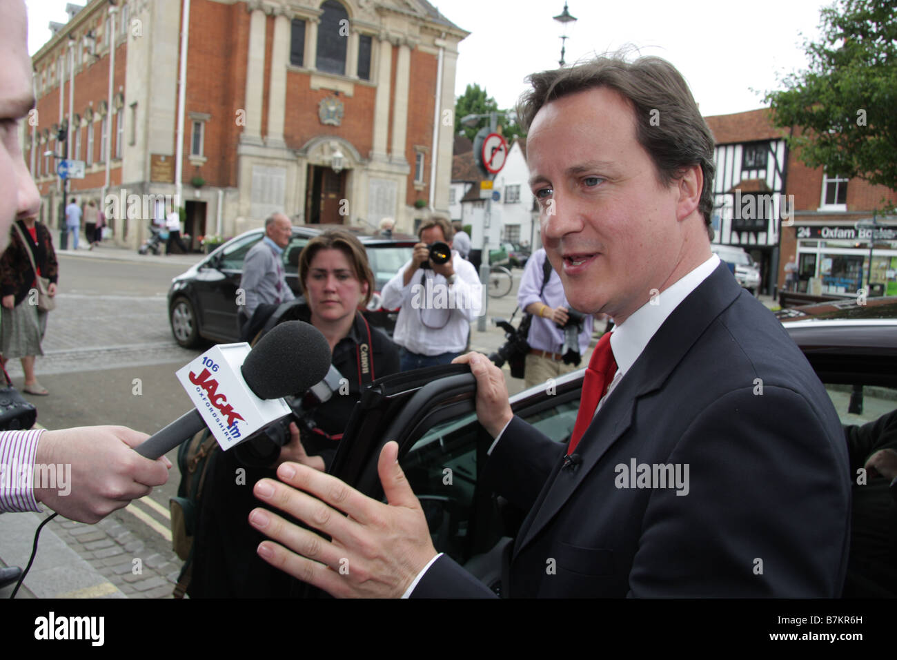 Conservative Leader David Cameron talks to press in Henley on Thames Oxfordshire 2008 - Stock Image