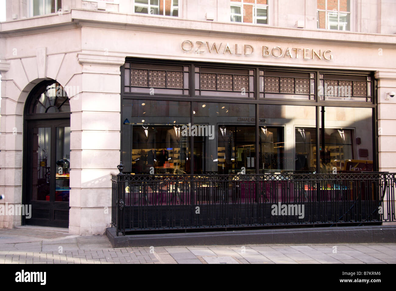 The shop front of the Ozwald Boetang fashion store, Savile Row, London. Jan 2009 - Stock Image