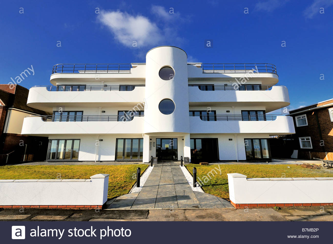 A new block of flats at Frinton-on-Sea built in the Art Deco style Stock Photo