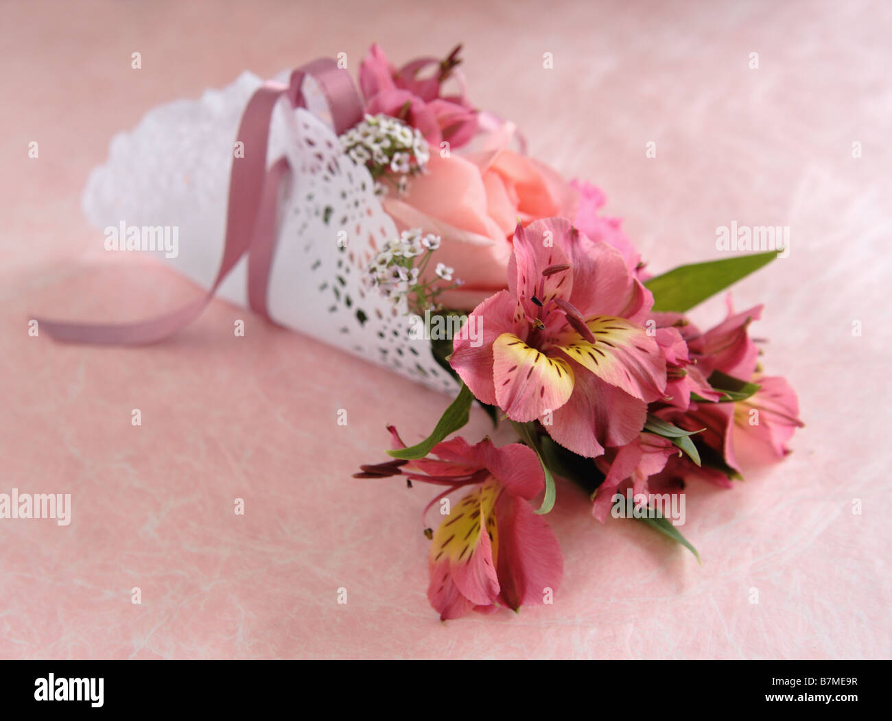 Paper Doily Stock Photos Paper Doily Stock Images Alamy