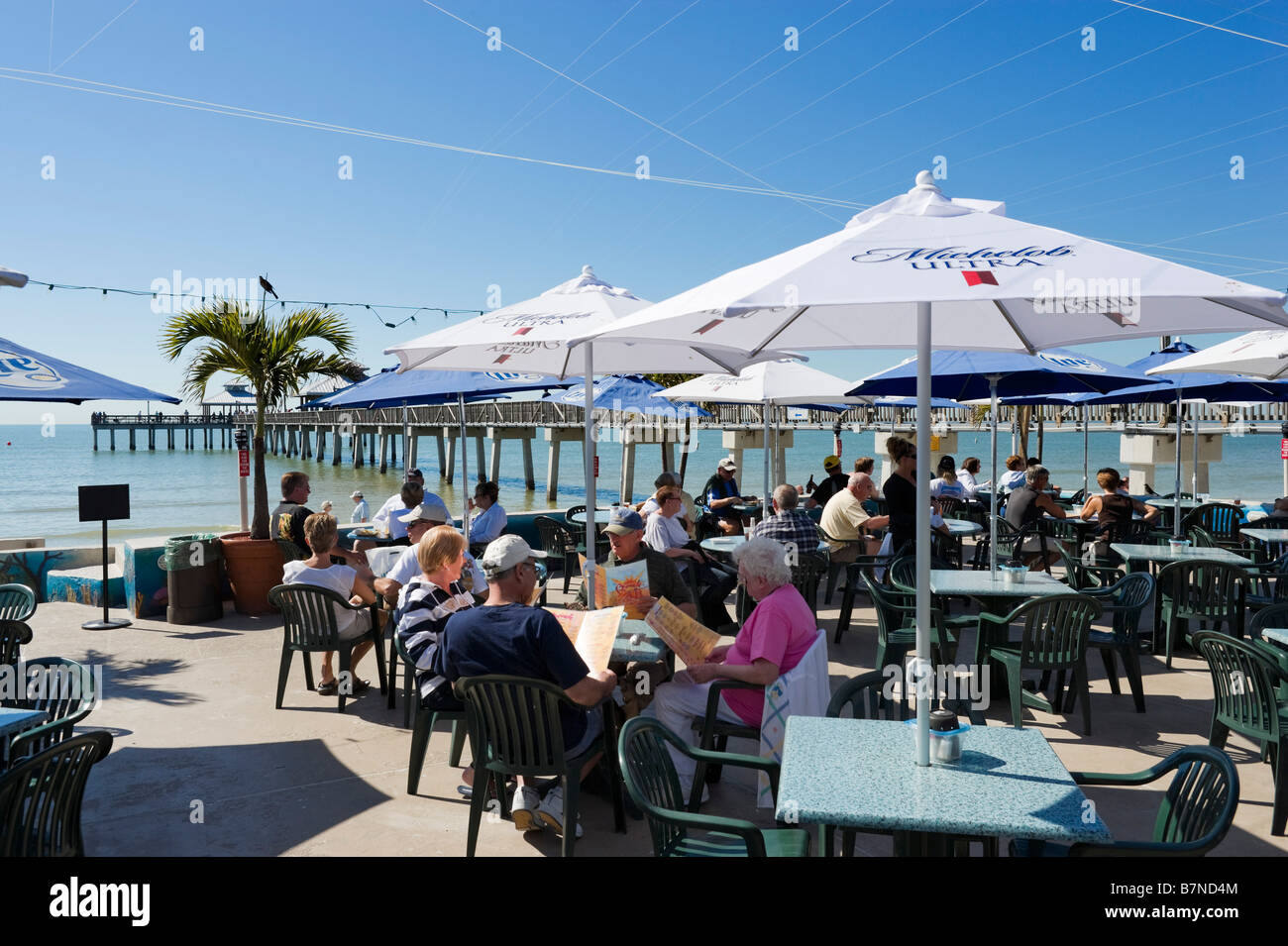 Beachfront Restaurant By The Pier Estero Island Fort Myers Beach