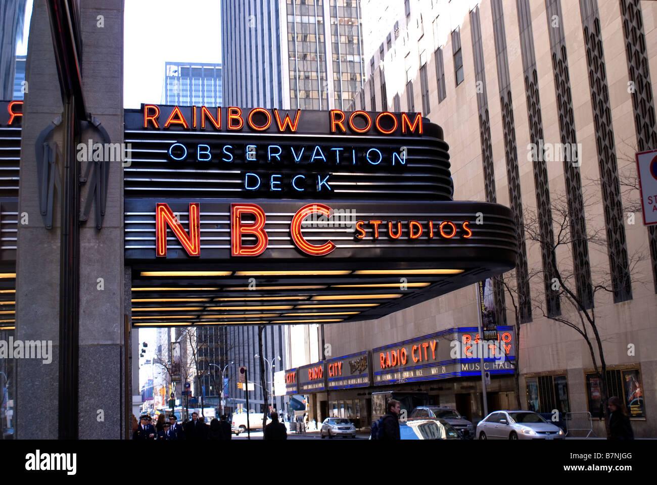 30 Rockefeller Plaza New York City Home Of Nbc Television Studios Stock Photo Alamy