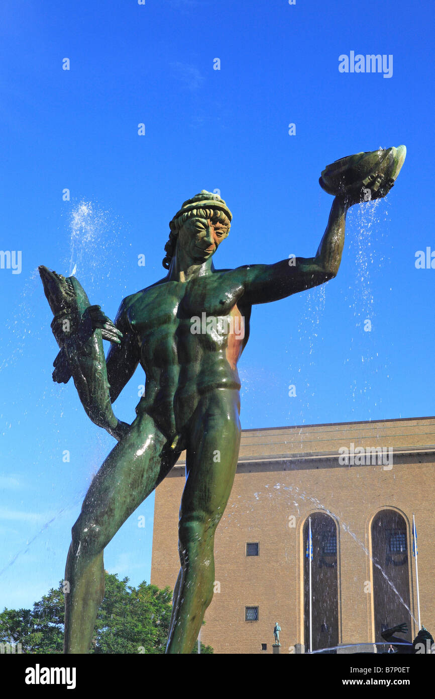 Sweden, Gothenburg, Gotaplatsen, Statue Of Carl Milles' Poseidon In Front Of Konstmuseet  (the Art Museum) - Stock Image