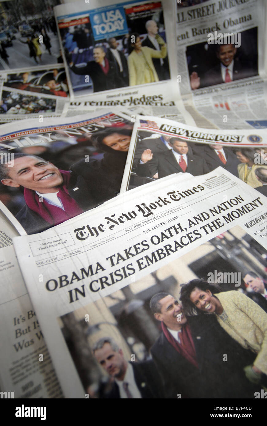 Headlines on newspapers in New York on Wednesday January 21 2009 cover the inauguration ceremonies of Barack Obama - Stock Image