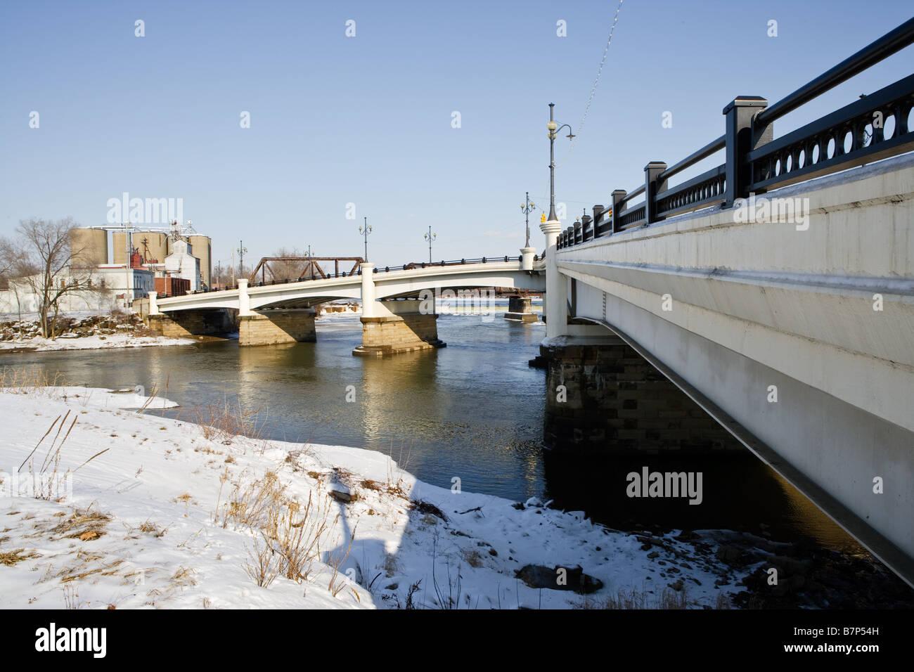 """The """"Y"""" Bridge in Zanesville Ohio Stock Photo"""