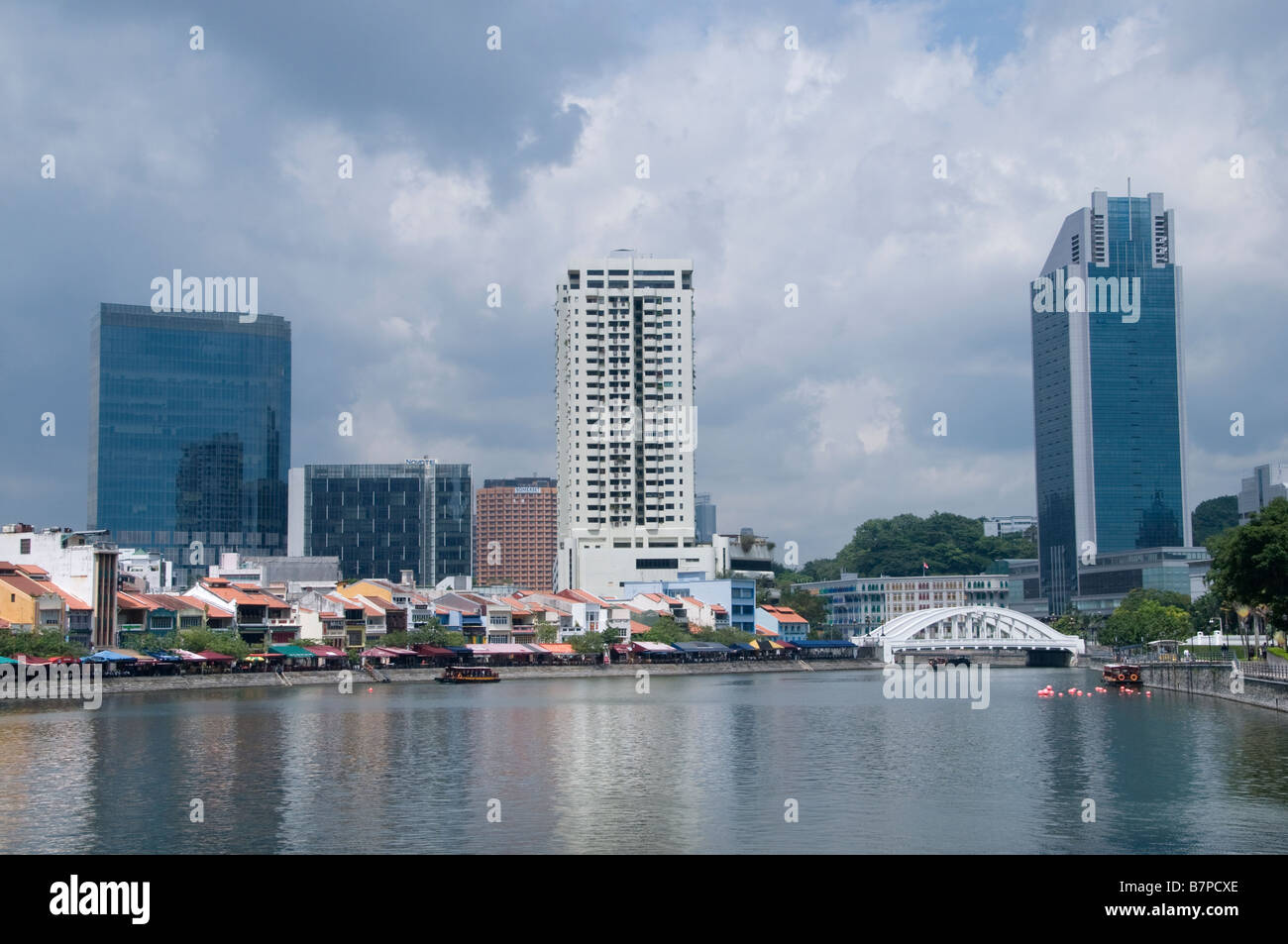 Singapore river boat quay - Stock Image