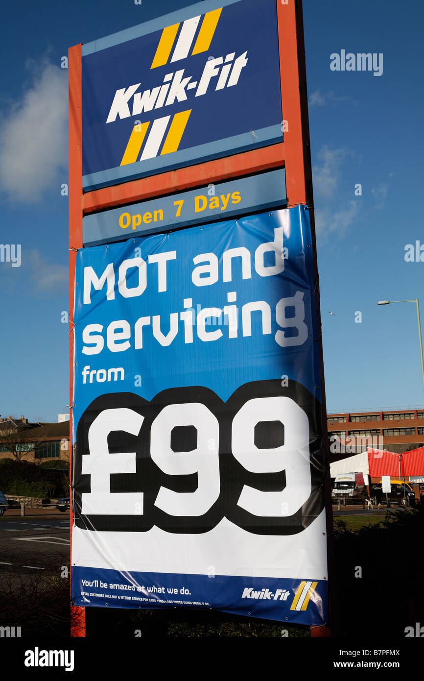 Kwik Fit MOT and Servicing sign - Stock Image