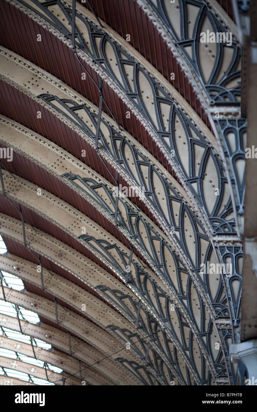 Iron arches at Paddington Railway Station UK - Stock Image