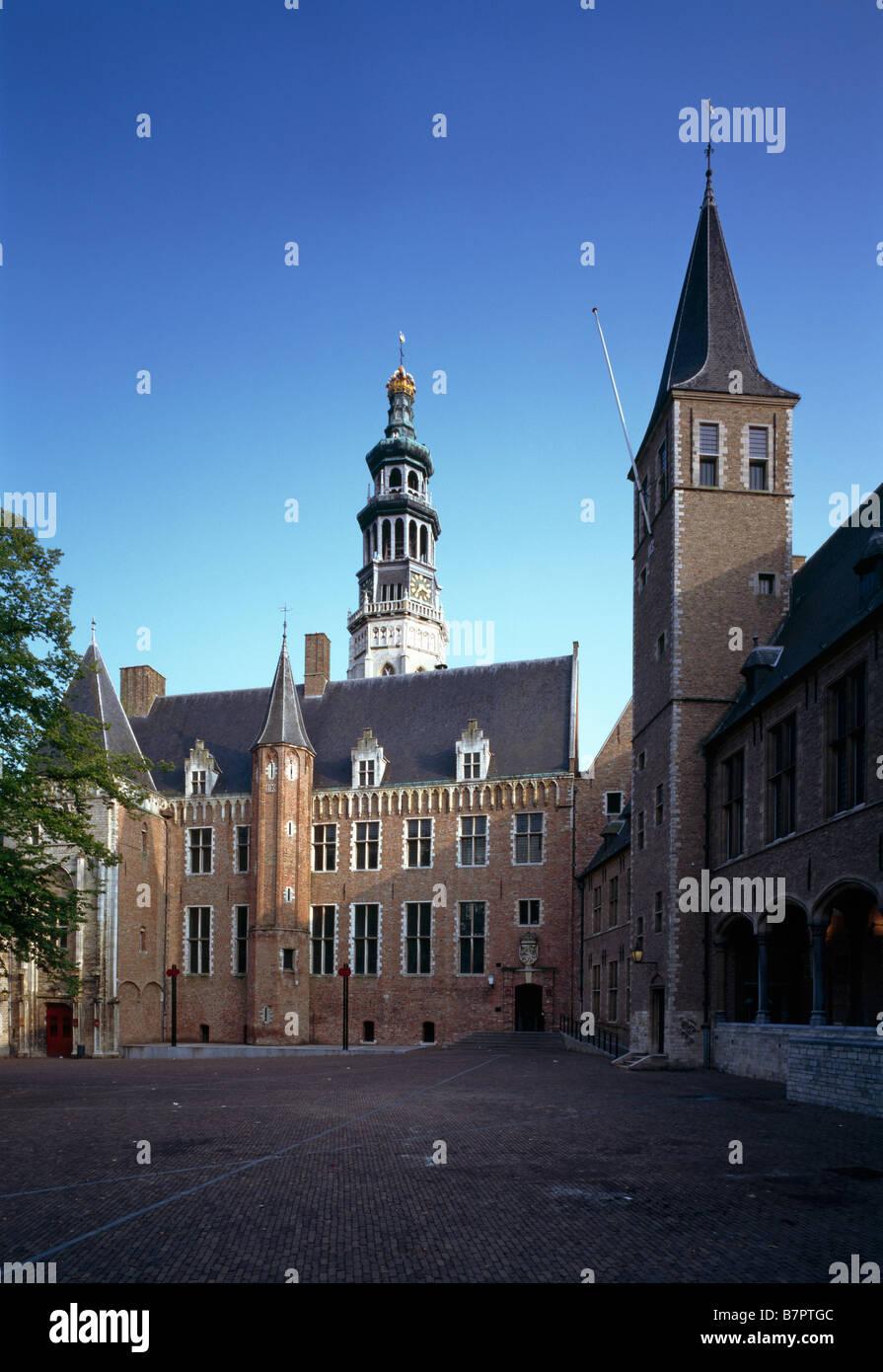 Middelburg, Abtei 'Onze Lieve Vrouwe', Blick vom Hof auf die Kirche - Stock Image
