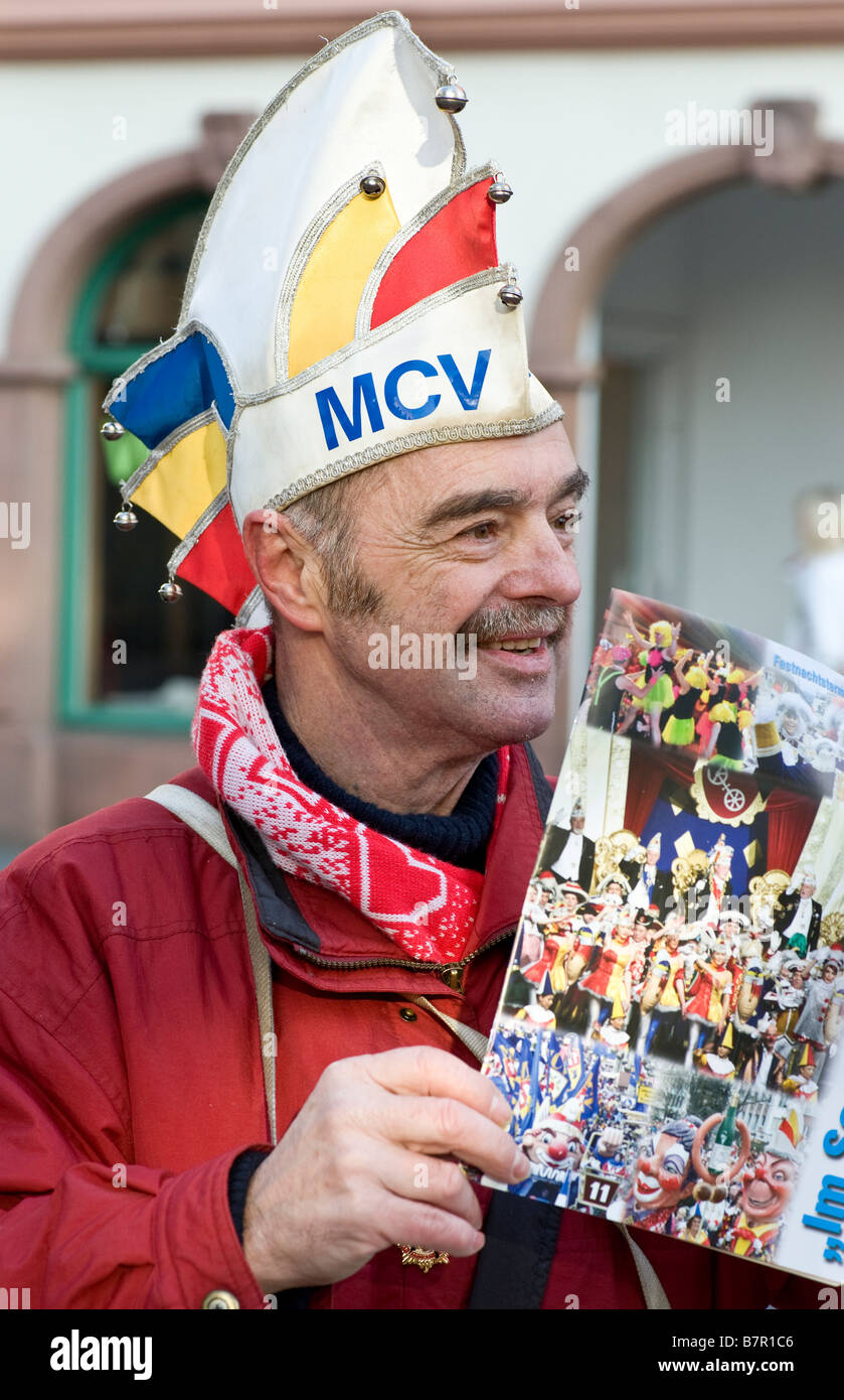 Carnival in Germany. Sale of Zugplaketten' in the streets of the city. - Stock Image