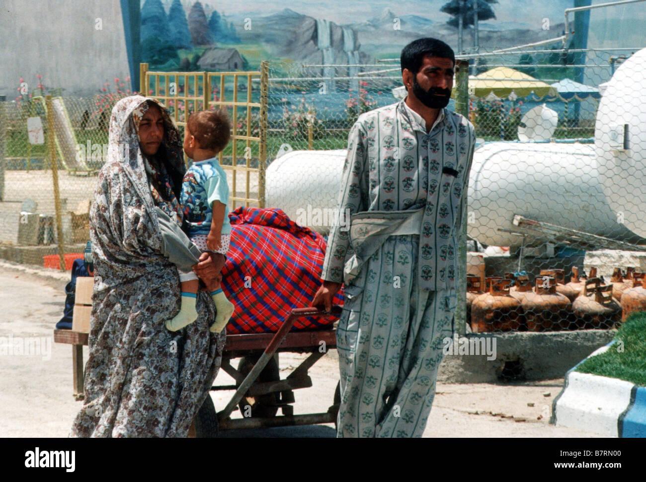GAGOOMAN The Twilight  Year: 2002 - iran Director: Mohammad Rasoulof Iran 2002 - Stock Image