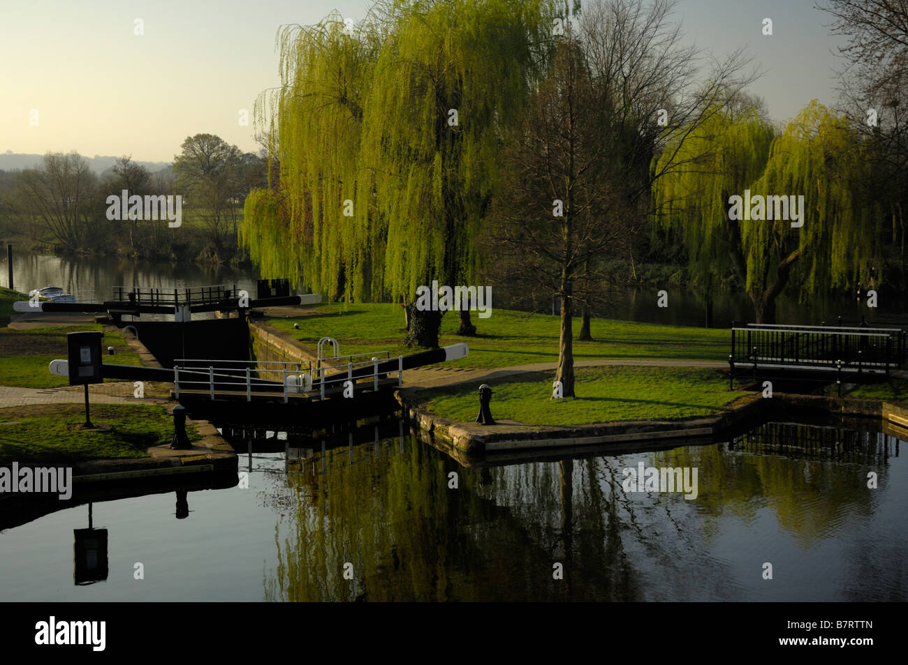 View of the lower basin on the Staffordshire and Worcestershire Canal and the River Severn at Stourport Stock Photo