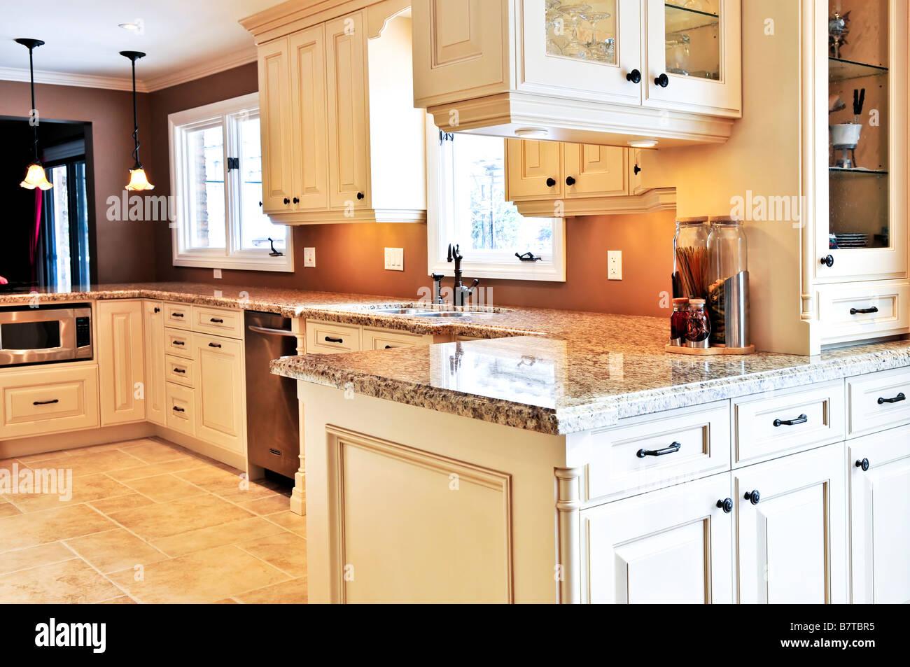 Superbe Interior Of Modern Luxury Kitchen With Granite Countertop