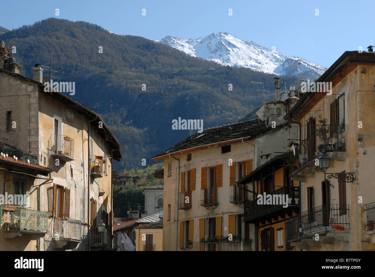 Via Martiri della Liberta as seen from Piazza San Giusto, Susa, Piedmont, Italy. - Stock Image