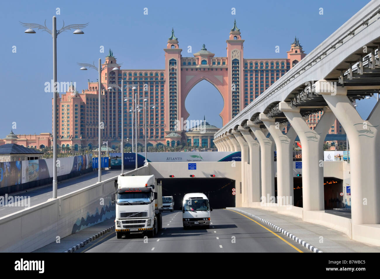 Dubai Atlantis Palm Hotel Resort Complex Road Monorail Overhead
